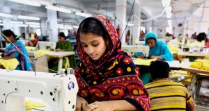 garment workers in bd, india using cellphones to report misuses